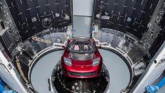 Una Tesla Roadster nello spazio con Falcon Heavy di SpaceX - Immagine: 3