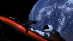Una Tesla Roadster nello spazio con Falcon Heavy di SpaceX - Immagine: 1