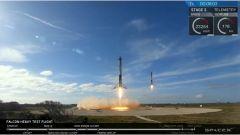 Una Tesla Roadster nello spazio con Falcon Heavy di SpaceX - Immagine: 7