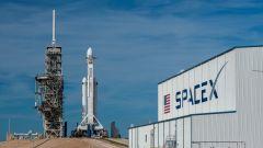 Una Tesla Roadster nello spazio con Falcon Heavy di SpaceX - Immagine: 9