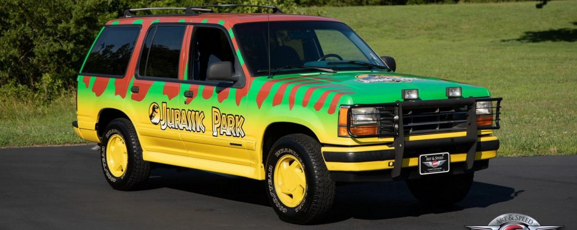 Il SUV di Jurassic Park? Ecco dove si compra e quanto costa