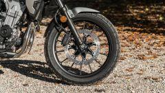 Il freno anteriore della Honda CB500X 2021