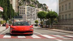 Il frontale della Ferrari SF90 Stradale