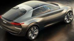 Il lungo tetto in vetro della Kia Imagine