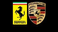 Il marchio Ferrari e lo scudetto Porsche