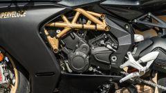 Il motore a tre cilindri della MV Agusta Superveloce 800