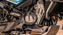 il motore della CF Moto MT800 è quello della KTM 790 Adventure