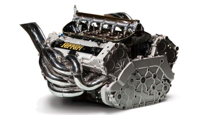Il motore della Ferrari F2002