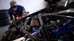 Il motore di una BMW M4 Competition preparata dai Red Bull Driftbrothers
