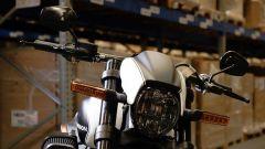 Il muso della Harley-Davidson FXDR 114 in edizione limitata per il mercato UK
