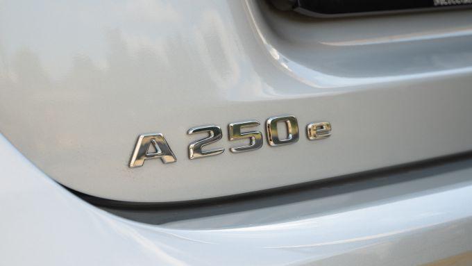 Il nome A 250 e sul portellone del bagagliaio