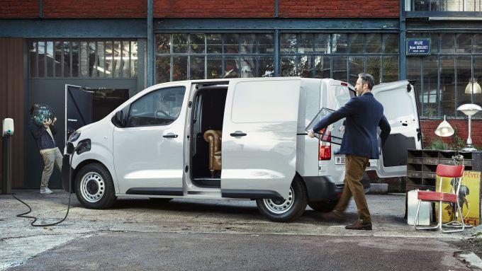 Il nuovo furgone EV Citroen e-Jumpy