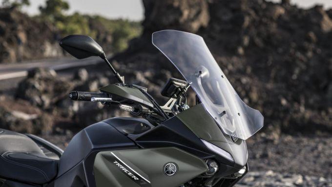Il parabrezza più ampio sulla Yamaha Tracer 7 GT 2021