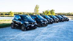 Il parcheggio pieno di Smart EQ