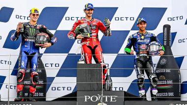 Il podio del GP San Marino 2021 con Bagnaia (Ducati), Quartararo (Yamaha) e Bastianini (Ducati)