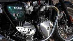 Il propulsore 1200 cc della Thruxton è la versione High Power del bicilindrico che spinge la Bonneville T120