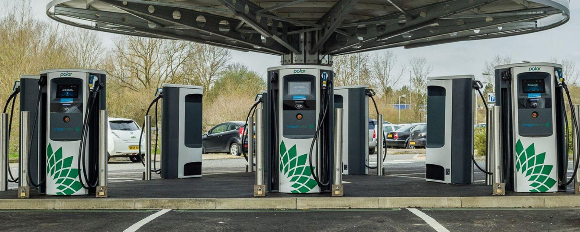 Il Rapid Charging Hub di Milton Keynes, UK