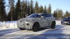 Il restyling della nuova Jaguar E-Pace: visuale di 3/4 anteriore