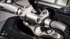 Il riser manubrio della Yamaha Tracer 900 è stato protagonista di un richiamo ufficiale