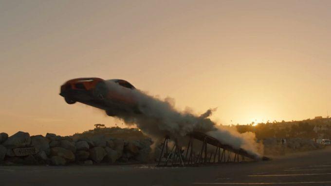 Il salto della Toyota GR Supra nel video The Pitch
