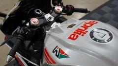 Il serbatoio della Aprilia RSV4 RR Misano Edition
