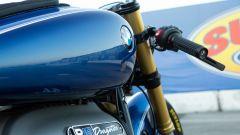 Il serbatoio della BMW R 18 Dragster by Roland Sands