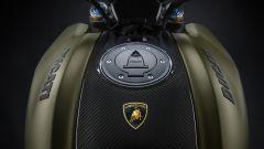 Il serbatoio della Ducati Diavel 1260 Lamborghini