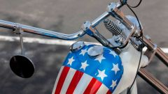 Il serbatoio della replica dell'Harley-Davison Panhead 1963 del film Easy Rider