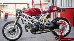 Il serbatoio e i cerchi della Monstrosity derivano da una Ducati 996