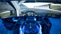 Il simulatore BMW Motorsport è usato da diversi equipaggi per prepararsi alle gare vere