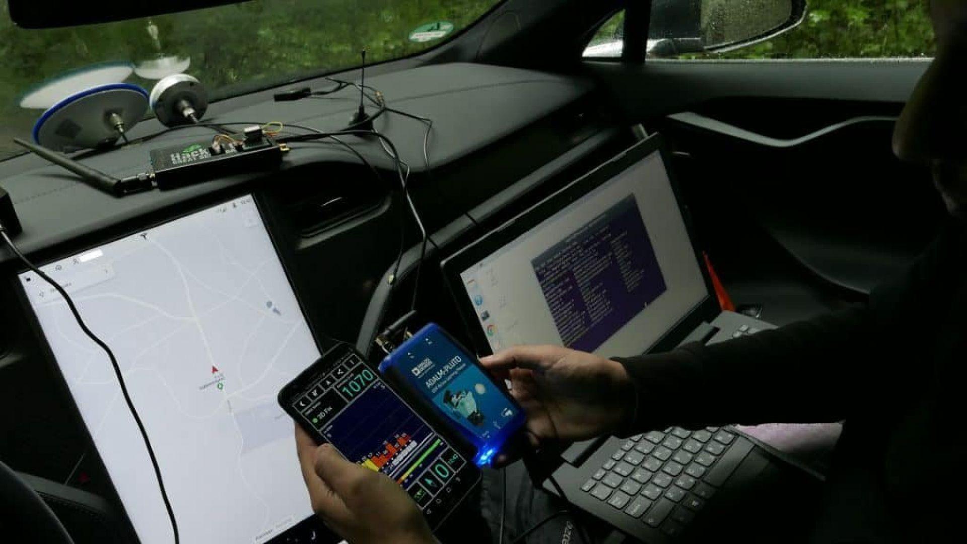 Tesla sotto attacco hacker: a rischio la guida autonoma ...
