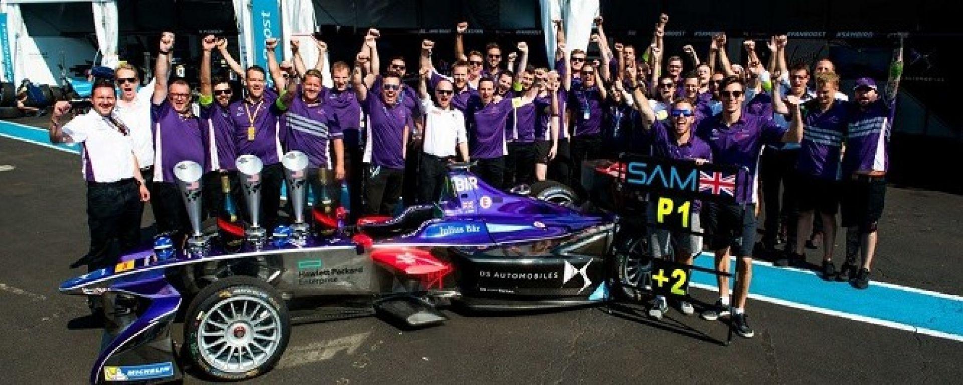 Il team DS Virgin al completo nell'ePrix del Marocco