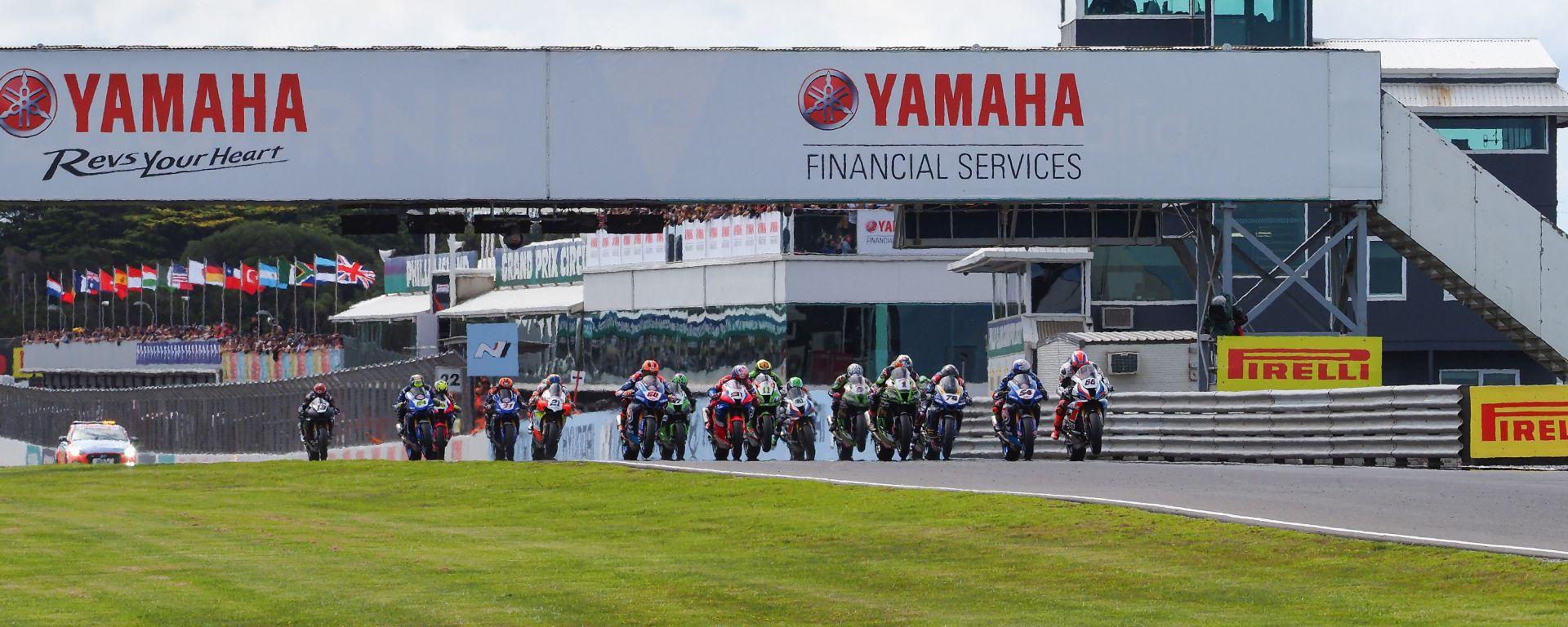 Il via del Round Australia 2020 della Superbike a Phillip Island