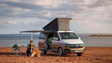 Il Volkswagen California 6.1 nel suo ambiente naturale: il campeggio libero