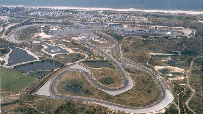 Immagine aerea dell'autodromo olandese di Zandvoort, alle porte di Amsterdam