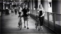In bici per la città - (foto da www.goodfreephotos.com licenza CC0 - Public Domain)