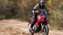 In off-road con l'Honda X-ADV 2021