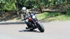 In prova con la Moto Guzzi V9 Bobber Sport