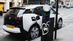 Scozia, primo ministro valuta stop a veicoli diesel e benzina dal 2032