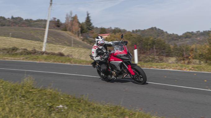 In sella alla Ducati Multistrada V4S 2020