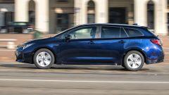 Suzuki Swace Hybrid, la station wagon che non ti aspetti. Prova video - Immagine: 3