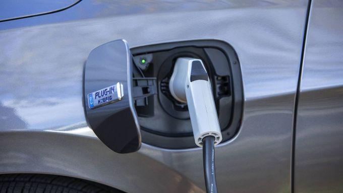 Incentivi 2020, restano fondi solo per elettriche e ibride plug-in