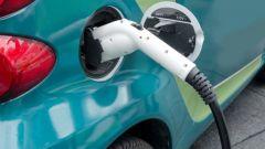 Incentivi auto 2019, fino a 6.000 euro per elettriche, ibride e metano
