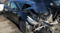 Incidente a Tesla Model 3, Musk riconosce errori di progetto - Immagine: 3