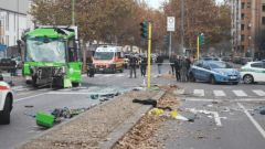 Incidente filobus Milano, aperta inchiesta per omicidio stradale aggravato