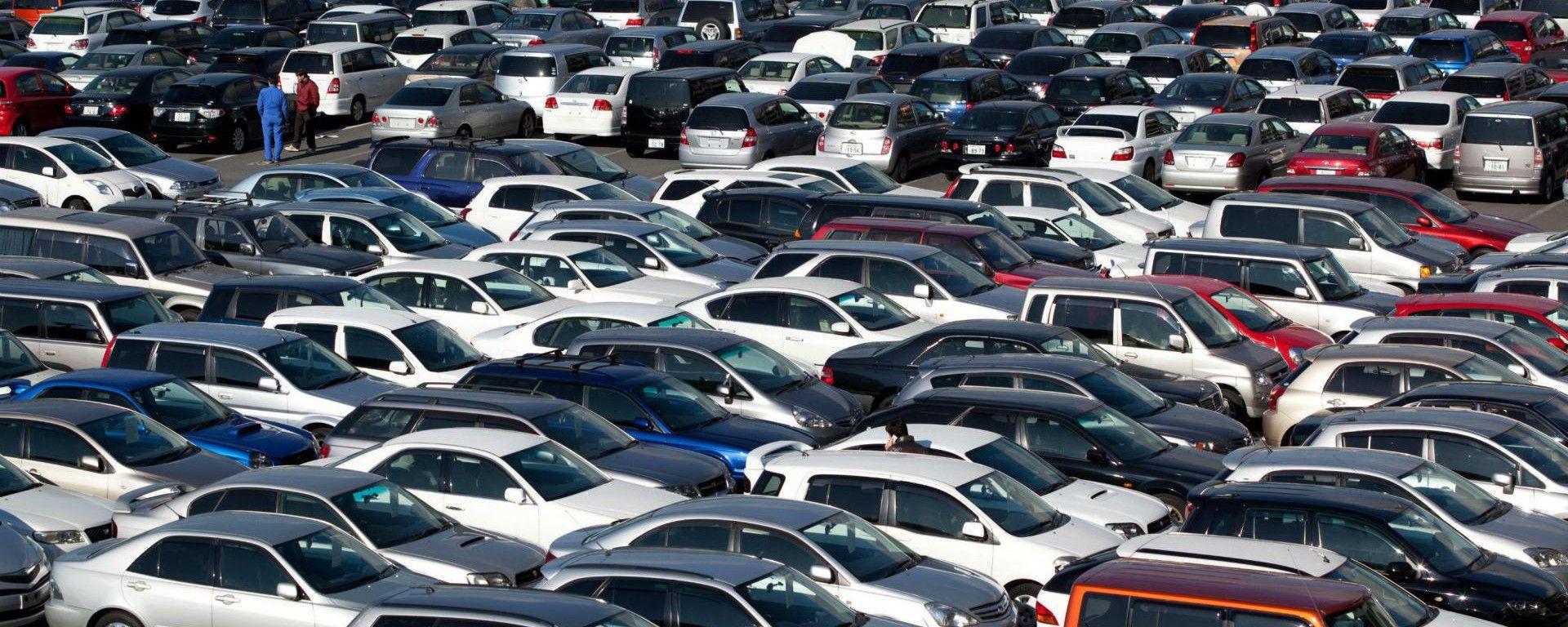 Indagine DOXA: 4 auto usate su 10 si comprano online