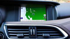 Infiniti QX30 2.2d Premium Tech AWD: lo schermo da 7 pollici del sistema infotainment