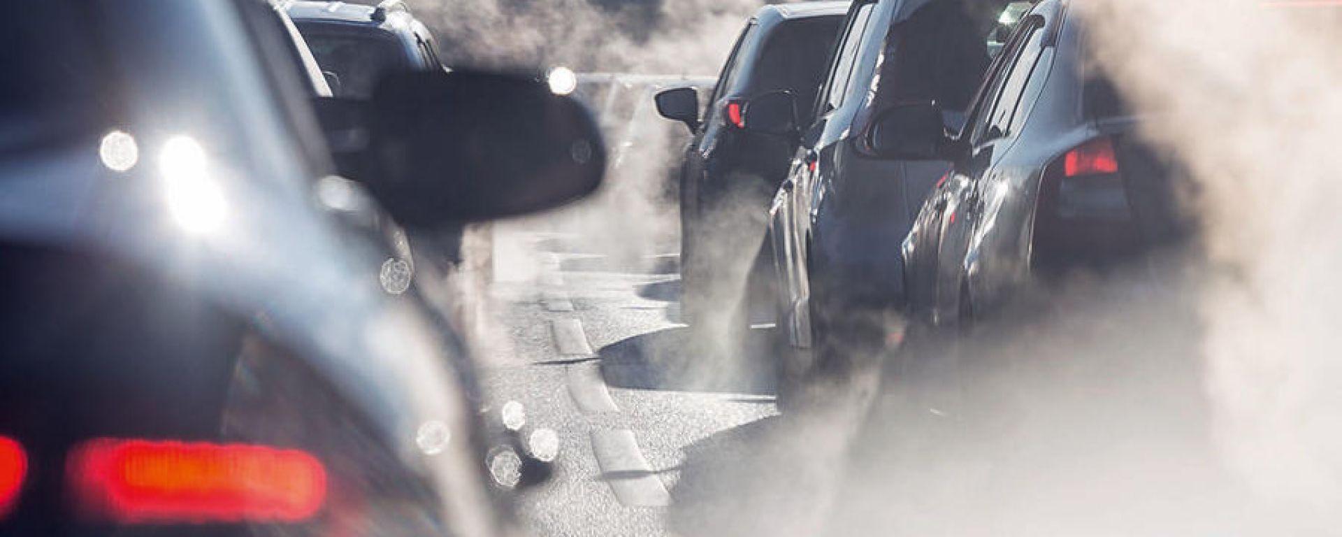 Inghilterra: stop a vendita di auto benzina, diesel e ibride entro il 2035
