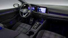 Interni della Golf GTE