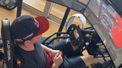 iRacing, la postazione di guida di Max Verstappen